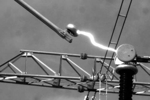 电力系统中短路的产生与危害
