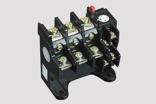 电路维修时如何根据电动机实际情况选择热继电器