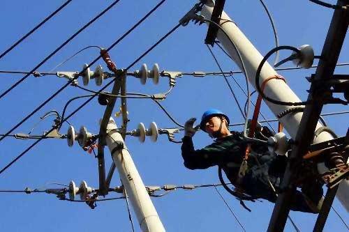 低压架空线路安装时导线与时安装路径如何选择