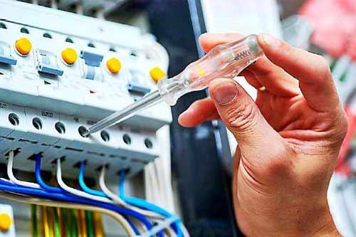 家庭电路电压不稳原因及处理方法