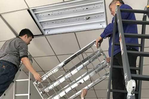 日光灯管检修步骤与使用时注意事项