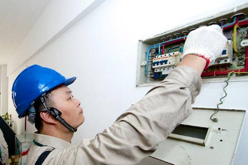 电路漏电检测及触电事故紧急处理方法