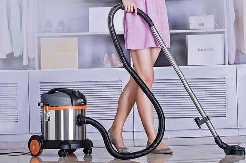 家用吸尘器开机后不工作或吸尘器吸力小该如何维修