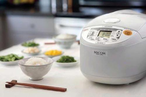 电饭煲常见故障的检修与使用注意事项